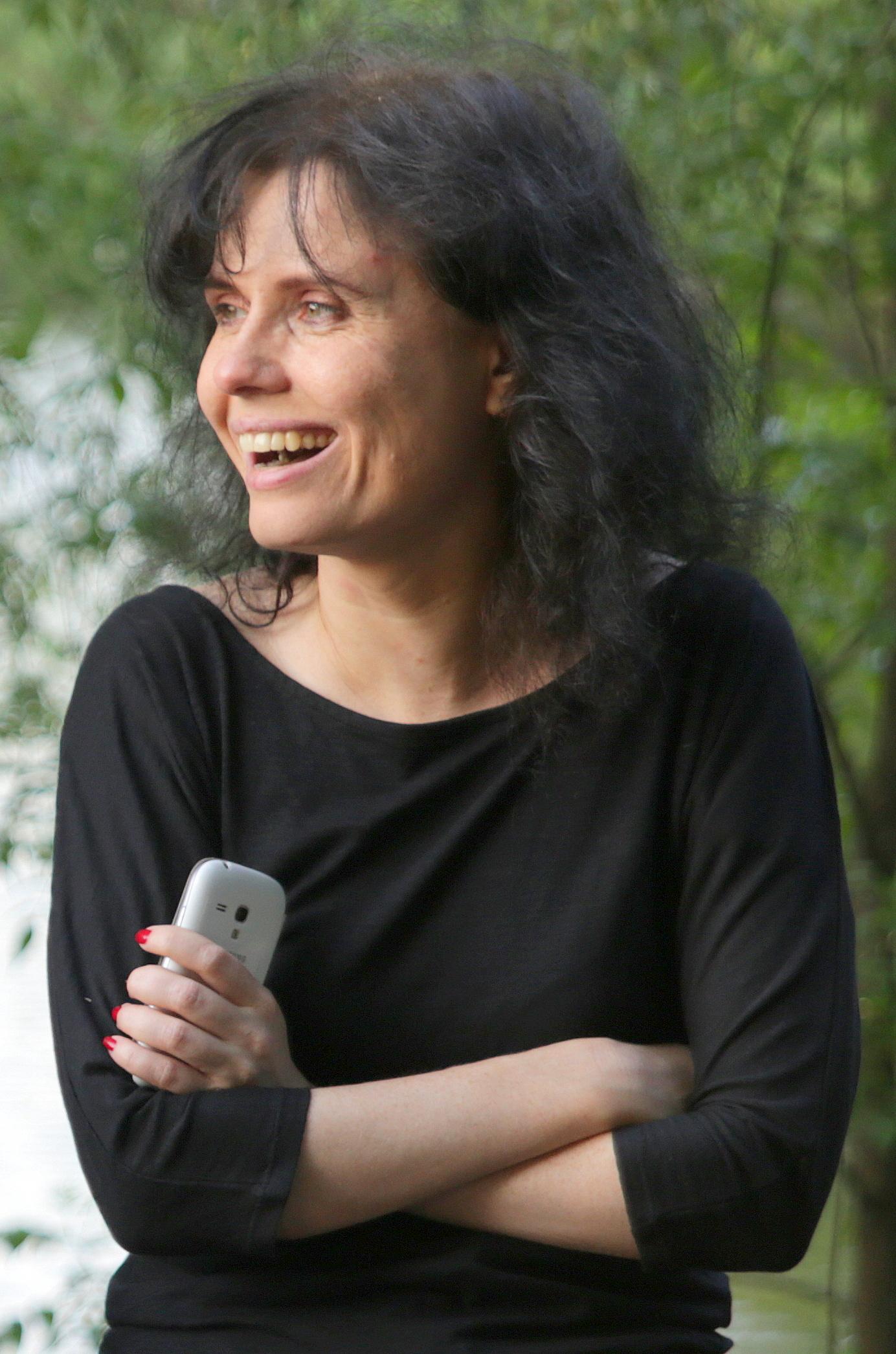 Алена Званцова
